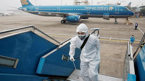 Vietnam Airlines: 'Nam tiếp viên hàng không sẽ bị kỷ luật, làm rõ trách nhiệm những người liên quan'