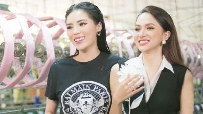 Đột nhập hậu trường Siêu mẫu Việt Nam xem Kỳ Duyên - Hương Giang thân thiết như chị em