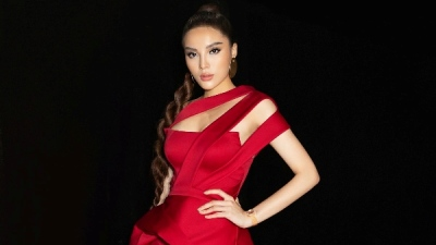 Hoa hậu Kỳ Duyên khoe sắc vóc quyến rũ 'thiêu đốt' thảm đỏ chung kết Siêu mẫu Việt Nam