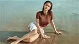 'Gái 1 con' Trương Quỳnh Anh ướt át, nóng bỏng diện bikini khoe thân hình bốc lửa