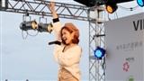 Suni Hạ Linh được khen khi hát tiếng Nhật ngay tại 'xứ sở hoa Anh Đào'
