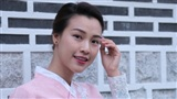 Trở lại Hàn Quốc, Hoàng Oanh tiếp tục gây sốt với hình ảnh đẹp không tì vếttrong trang phụcHanbok