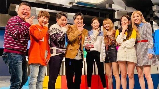 BlackPink có đang bù đắp đủ đầy chuỗi ngày Seungri thiếu vắng BigBang?