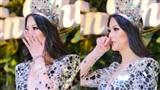 Hoa hậu Phương Khánh bật khóc,khẳng định 'đanh thép': 'Em không mua giải'