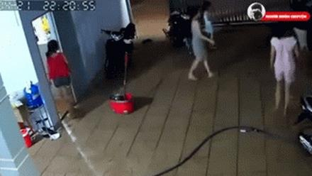 Bình Phước: Kinh hoàng bị tấn công 'bom xăng' vào nhà, người lớn, trẻ nhỏ bị thương, chạy tán loạn trong đêm