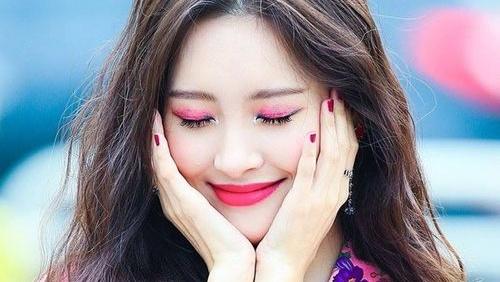 'Nữ hoàng concept' Sunmi xác nhận trở lại đường đua Kpop cuối tháng 8