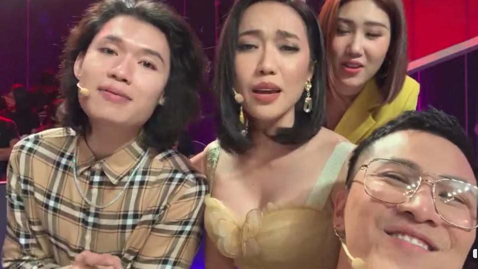 Clip: 'Tứ ca ngổn ngang' Diệu Nhi - Quang Trung - Thúy Ngân - Mai Tiến Dũng khiến fan ngỡ ngàng vì bản cover hay không tưởng