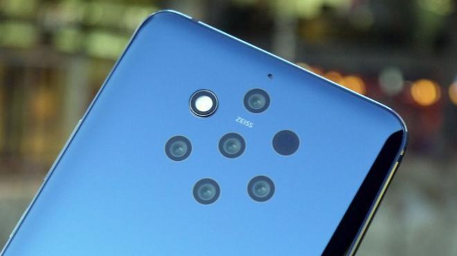 Mới năm 2020, nhưng bạn có tò mò smartphone sẽ ra sao vào năm 2030?