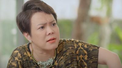 Chuyển thể kịch thành phim, Việt Hương lấy nước mắt khán giả ngay từ trailer