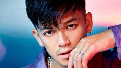 Trọng Hiếu cùng loạt nghệ sĩ Việt ra mắt MV 'Vì chúng ta yêu'