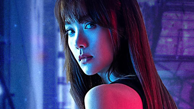 Minh Hằng lần đầu diễn cảnh hành động trong teaser 'Kẻ săn tin', đánh cascadeur chảy máu mũi vì quá nhập tâm