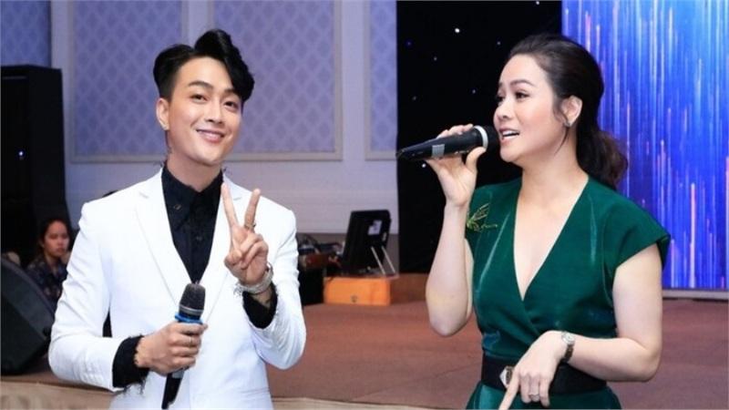 Cư dân mạng chưa khi nào lại hào hứng xem những màn song ca từ sân khấu tới đời thường của Nhật Kim Anh và TiTi đến thế!