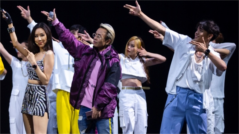 Quang Đăng giữ vai trò biên đạo, dancer chính cho ca khúc mới của Binz và Min