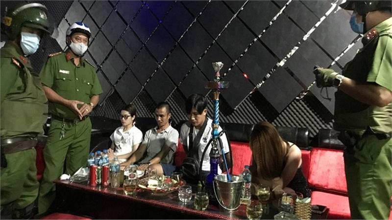 Phát hiện 7 'dân chơi' dương tính chất ma túy trong vũ trường ở An Giang