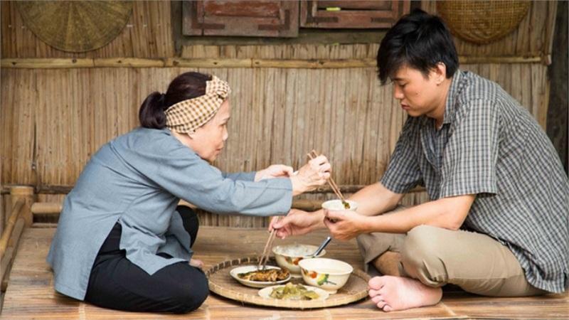 Quá khứ làm shipper, bảo vệ, giúp việc của sao Việt: Bi kịch đến nỗi muốn kết liễu cả mẹ và con
