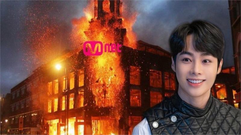 I-LAND: Hanbin bị Mnet loại tức tưởi ngay trước thềm debut, fan phẫn nộ đưa tên thí sinh Việt Nam lọt top Trending toàn cầu