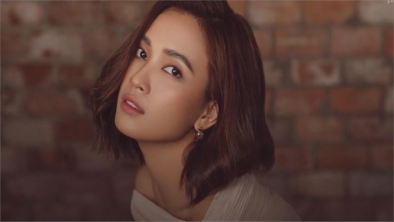 Ái Phương trở lại với 'The Ai Phuong show' mùa 3 nhưng concept 'bẻ cua gắt'