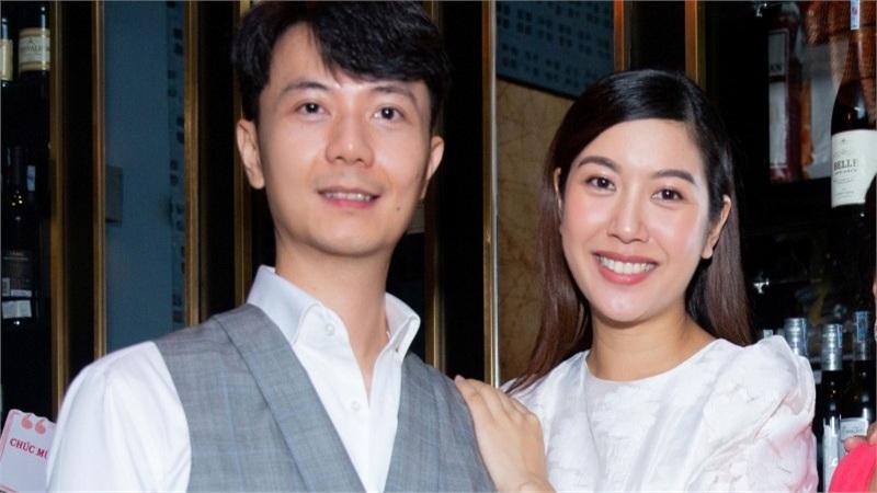 Á hậu Thúy Vân 'bầu vượt mặt' vẫn tổ chức sinh nhật, gây ngạc nhiên cho chồng