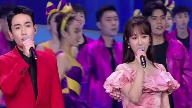 Màn trình diễn tại sự kiện CCTV của các nghệ sỹ: TFBOYS đoàn tụ, Chu Nhất Long và Dương Tử song ca được khen ngợi nhiều nhất