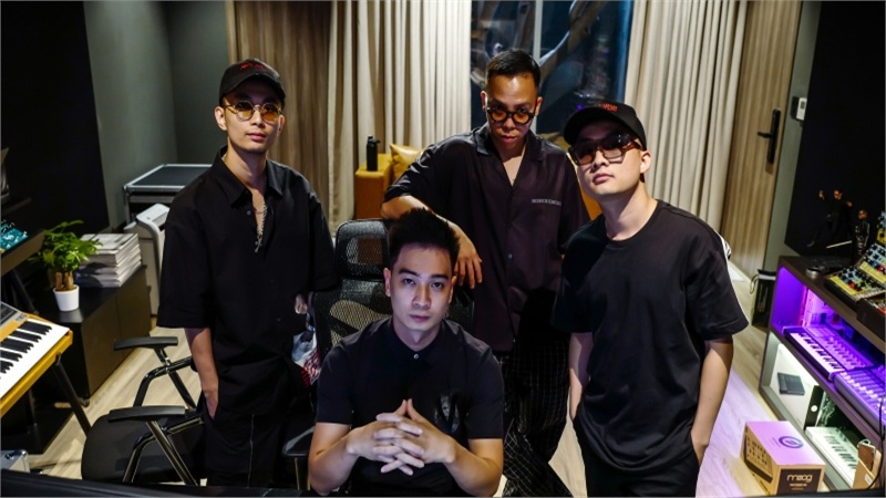 Touliver - Rhymastic - SlimV - Tín Lê: Bộ tứ đứng sauhàng trăm bản beat xịn xò của Rap Việt