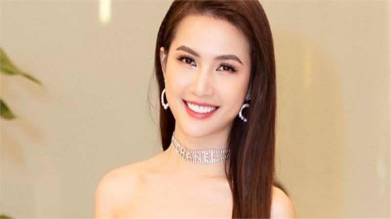 Hoa hậu Phan Thị Mơ thanh lịch trong họp báo ra mắt phim ngắn 'Hồn ma lạ'