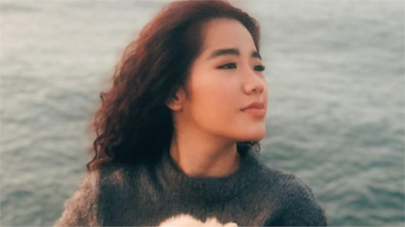 Debut với MV cover Người lạ ơi, CeCe Trương khẳng định: Tôi không thích cứ bị gán cho danh xưng 'con gái Cẩm Vân'