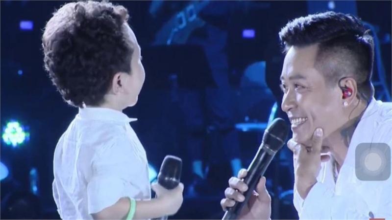 Tuấn Hưng viết tâm thư xúc động khi nhìn ra đam mê sân khấu của con trai Su Hào