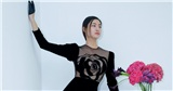 Lương Thùy Linh quyền lực nhưng cũng đầy quyến rũ với váy hoa hồng đen