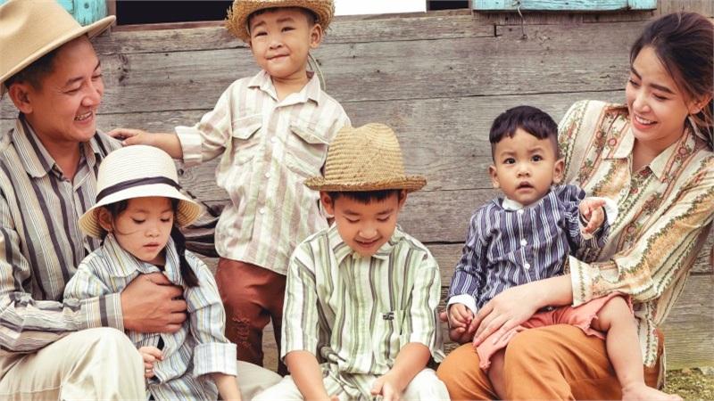 Thành Đạt - Hải Băng tung bộ ảnh gia đình nông dân siêu đáng yêu
