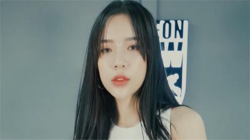 LyLy đập tan hình ảnh 'bánh bèo' thường thấy trong MV vũ đạo 'Bởi vì là khi yêu'