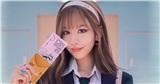 Min tung 2 tạo hình trong MV mới, trẻ trung năng động còn ngược về quá khứ làm nữ sinh?