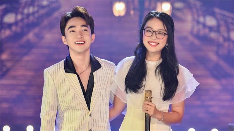 Phương Mỹ Chi thừa nhận 'phát cuồng' giọng hát của Trung Quang