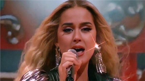 Nữ ca sĩ vừa có teaser cho bài hát mới này là Adele hay là Katy Perry?
