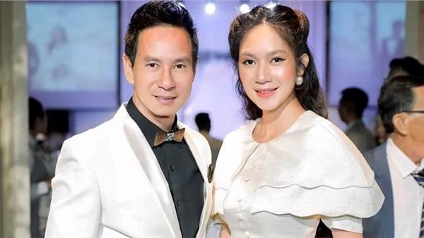 Vợ chồng Lý Hải xuất hiện lộng lẫy, chiếm trọn 'spotlight' khi dự tiệc cưới người thân