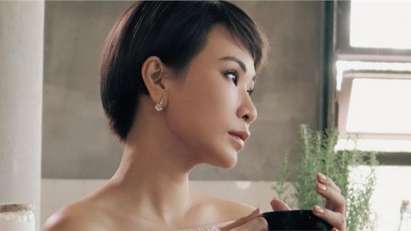 Uyên Linh công chiếu MV 'Mùa đông chưa bao giờ tới', song ca cùng Vũ