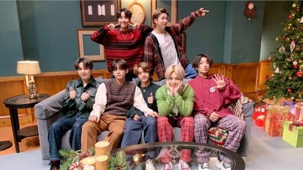 Loạt tin vui từ BTS: 'Life Goes On' #1 Billboard's Hot 100, MV 'Mic Drop' đạt 800 triệu lượt xem