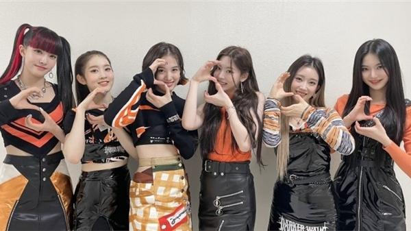 StayC bất ngờ nổi đình đám ở Trung, được ví là 'Little T-ara'