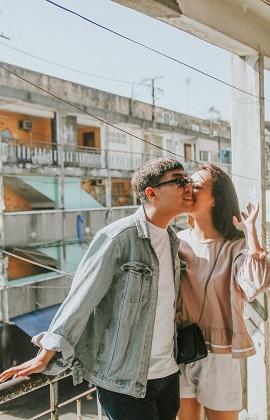Bộ ảnh lãng mạn của cặp đôi yêu nhau chỉ sau một cái nắm tay