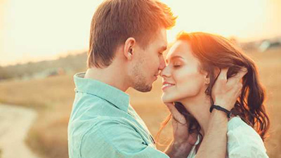 Nếu kết hôn với một nàng Bạch Dương, nàng sẽ là ngọn lửa sưởi ấm trái tim anh