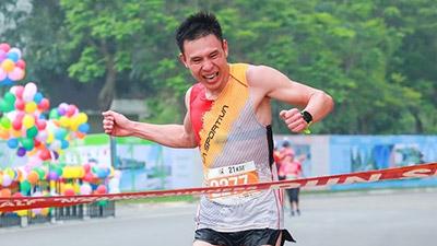Những hình ảnh ấn tượng tại giải chạy bộ LDR Half Marathon 2018: Cứ chạy là đẹp