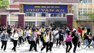 Hiệu trưởng trường chuyên Chu Văn An (Lạng Sơn): 'Điểm trung bình lúc học và điểm thi cao hơn là chuyện bình thường'