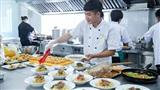 Những giờ học 'thơm ngon' của sinh viên ngành Nhà hàng - Khách sạn HUTECH