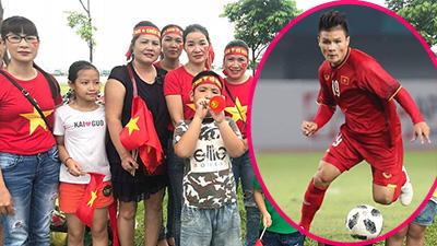 Gia đình cầu thủ Quang Hải: 'Với chúng tôi, Việt Nam luôn luôn vô địch!'