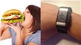 Team béo mà muốn giảm cân thì 'bơi' vào đây: Xuất hiện vòng tay cứ ăn là giật điện
