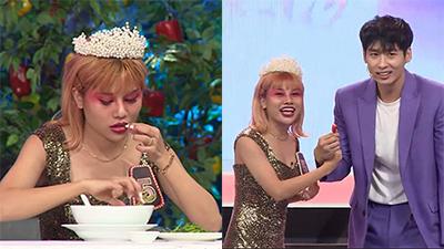 Trai đẹp Tuấn Trần quyết tâm 'cưa đổ' cô gái ăn hơn 100 trái ớt tại 'Người bí ẩn'