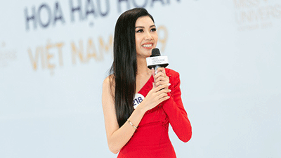 Tôi là Hoa hậu Hoàn Vũ Việt Nam: Thúy Vân bị dàn giám khảo 'vùi dập', sốc khi bị hỏi đi thi mà thuê người chụp ảnh riêng