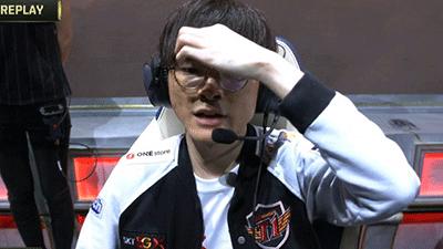 LMHT: Faker run rẩy, Wolf cũng chết lặng và rơi nước mắt khi chứng kiến SKT thua cuộc