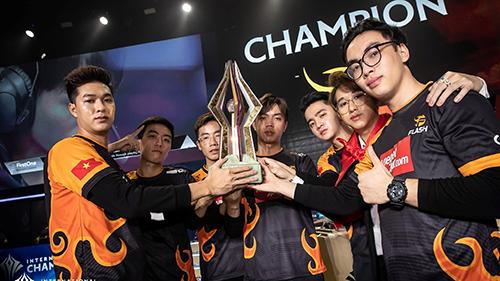 Kỷ lục eSports 2019: Giành 4 chức vô địch trong 1 năm, Team Flash thu 11 tỷ tiền thưởng
