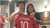 Cô gái H'Mông Lò Thị Mai khoe được Công Phượng tặng áo đấu tại Bỉ cùng dòng chia sẻ đặc biệt