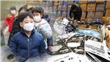 Hàn Quốc phát hiện 204 ca nhiễm virus Covid-19, nhu cầu dùng khẩu trang tăng cao khiến giá tăng 27% lên đến hơn 3 triệu đồng/hộp